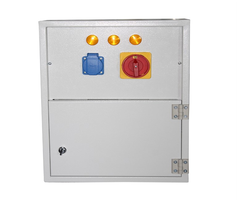 Electrical distribution panels